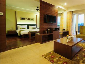 Fariyas Resort Rooms !
