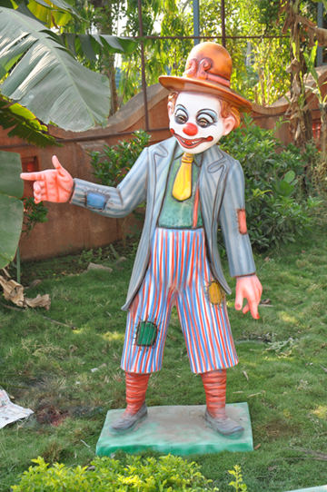 Shiv Ganga Resort joker Effigy