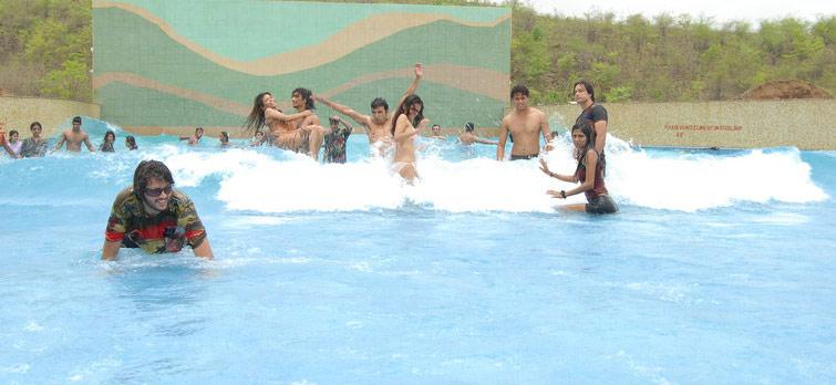 Shangrila Resort Wave Pool