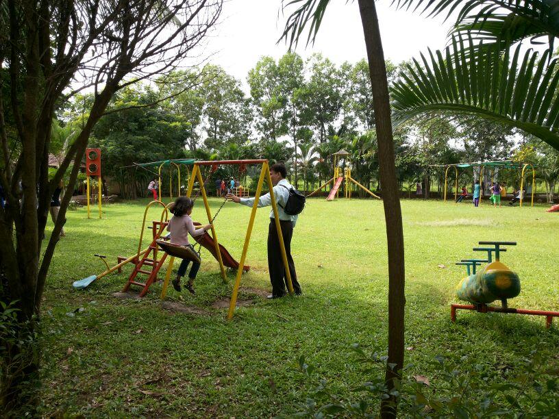 Paradise Funland Children Play Ground