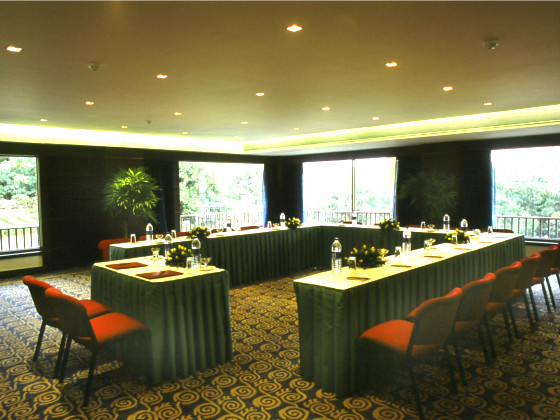 Fariyas Resort U-Shape Conference Hall
