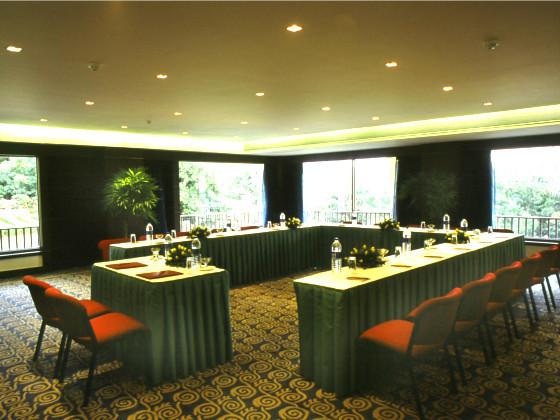 Fariyas Resort U-Shape Conference Hall